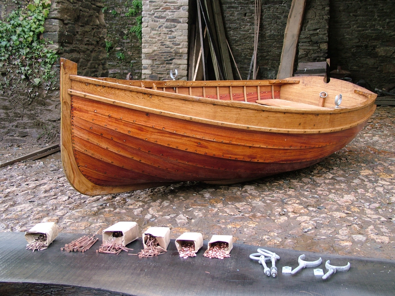 Build Dinghies And Learn Boatbuilding With Stirling Son
