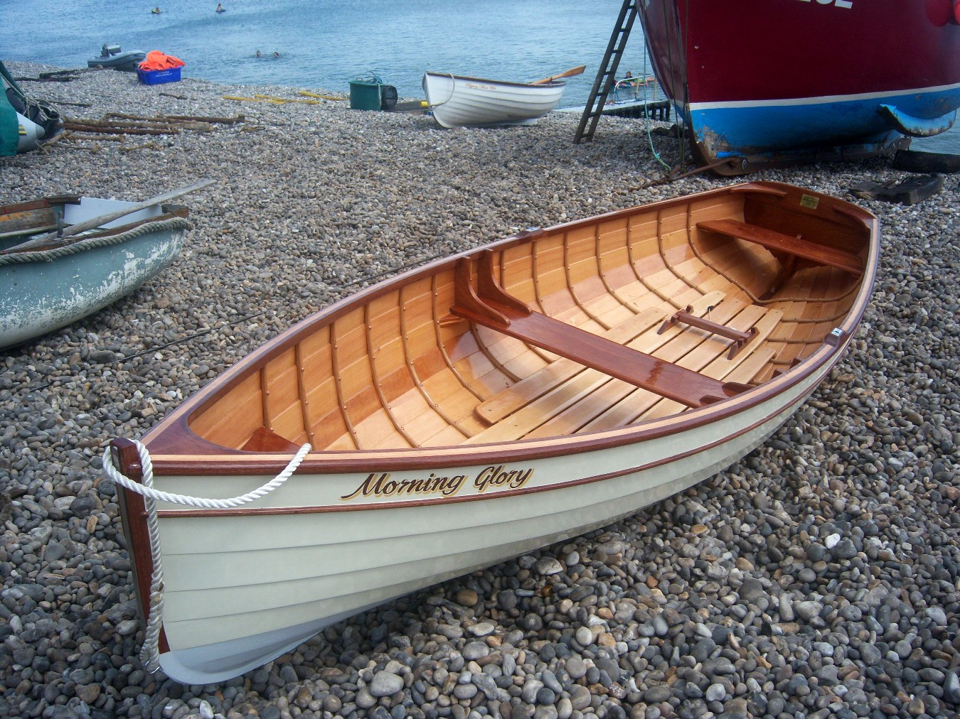 Adam Newton of Beer, Devon builds a gorgeous 12ft glued clinker rowing skiff | intheboatshed.net