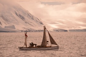 Alexandra Shackleton departs Elephant Island.  Image Si Wagen Shackleton Epic