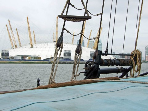 Spider T on the Thames during 2012 Jubilee trip