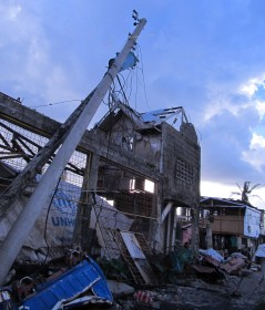 article Gavin Tacloban yolanda appeal a_html_1d689dfd
