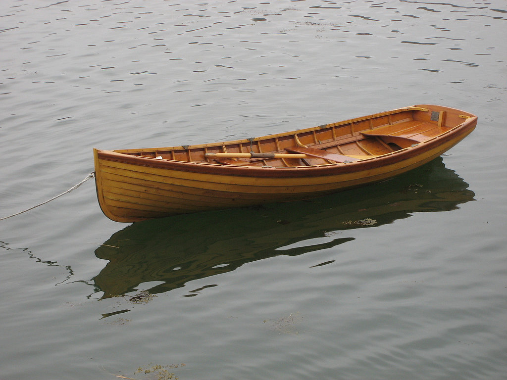 Rowing boat built from wood in the traditional way – and isn't